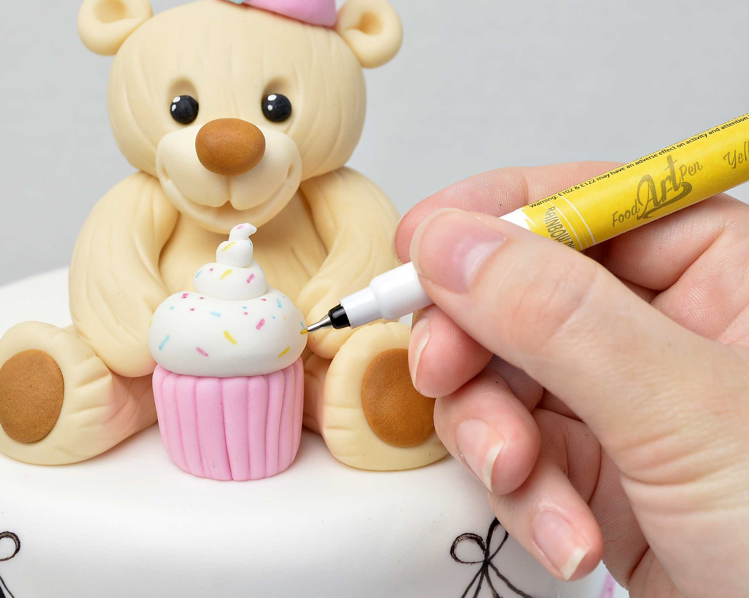 Bear Cake Topper Tutorial in Cake Masters Magazine